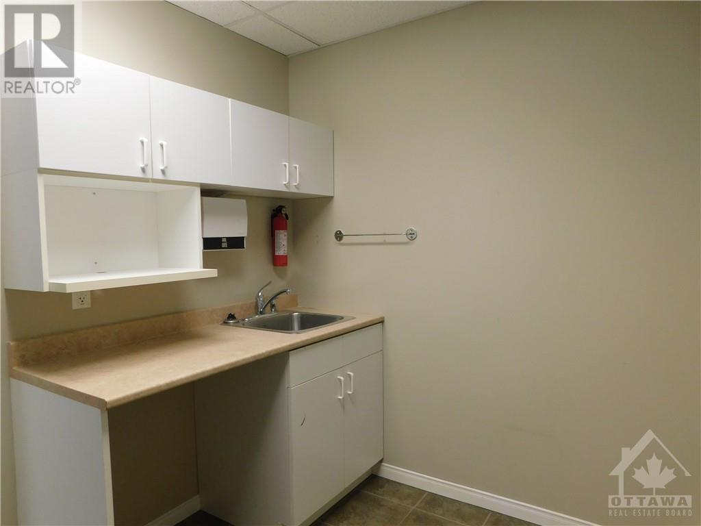 2911 Laurier Street Unit#201, Rockland, Ontario  K4K 1A3 - Photo 11 - 1220175