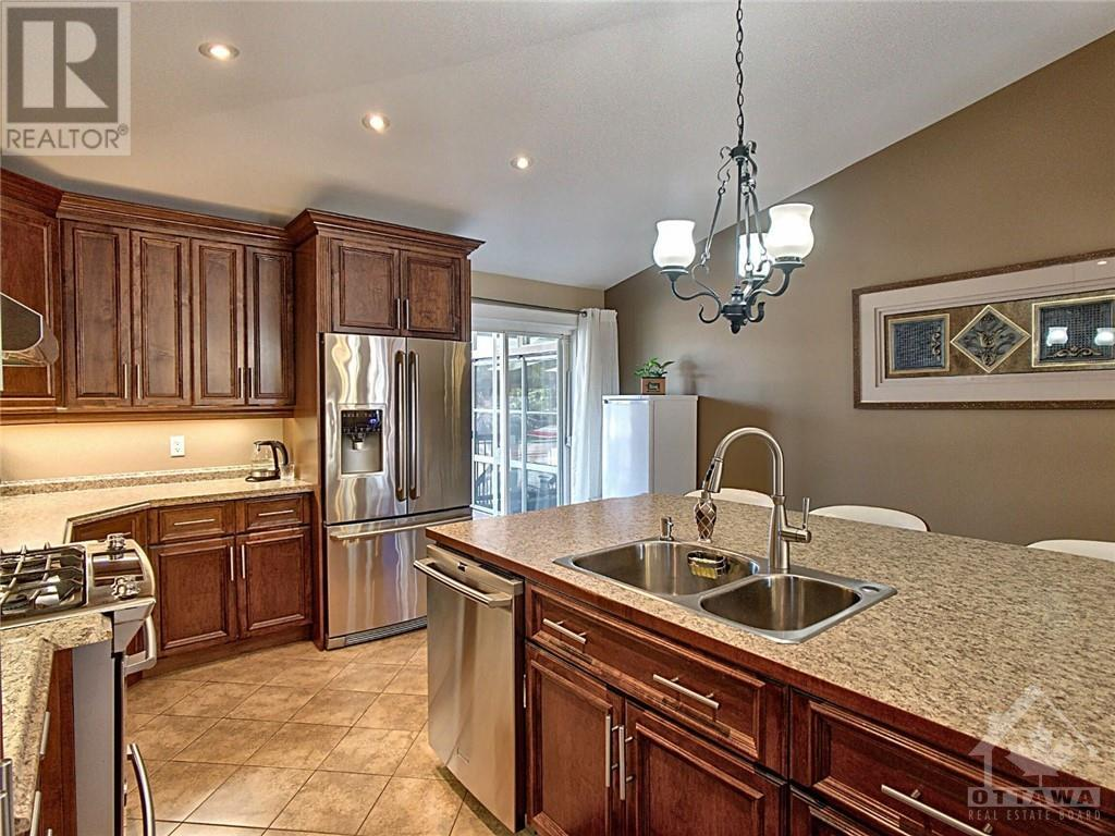55 Station Trail, Russell, Ontario  K4R 0A3 - Photo 12 - 1258335