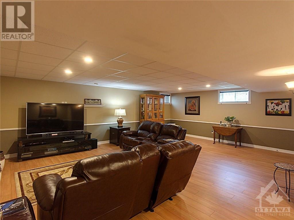 55 Station Trail, Russell, Ontario  K4R 0A3 - Photo 25 - 1258335